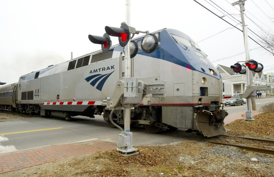 The Downeaster crosses Bow Street in Freeport en route to Brunswick.