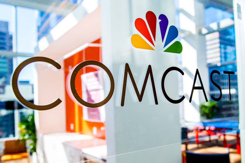 Comcast said Wednesday that it added 89,000 TV customers in the last three months of 2015, the best fourth quarter in eight years.