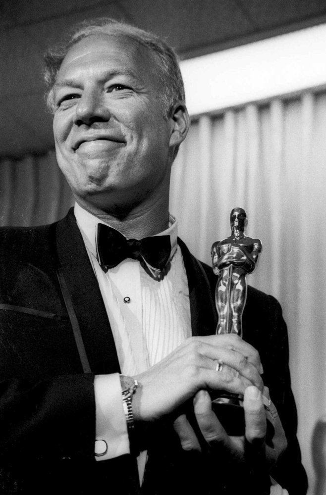 "In this April 10, 1968, file photo, George Kennedy poses with his Oscar in Santa Monica, Calif, after winning best supporting actor for ""Cool Hand Luke."""