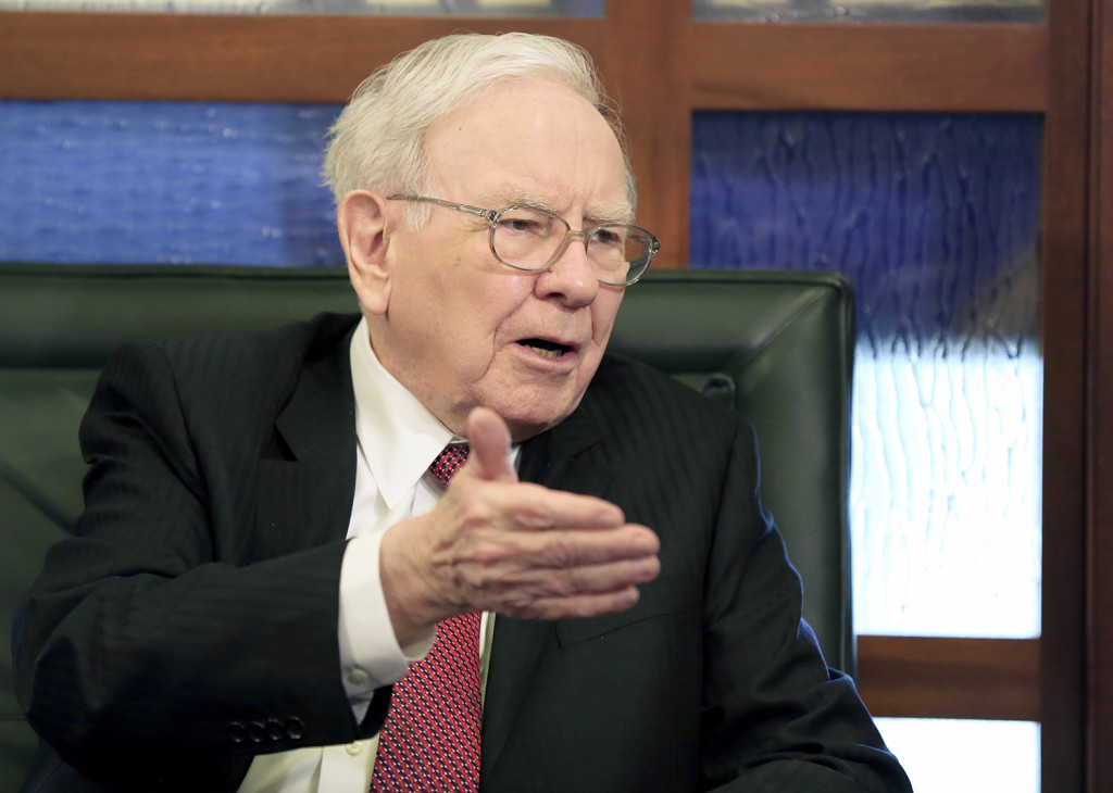 Warren Buffett speaks during an interview with Liz Claman on the Fox Business Network in Omaha, Neb., in 2015.  (Associated Press)