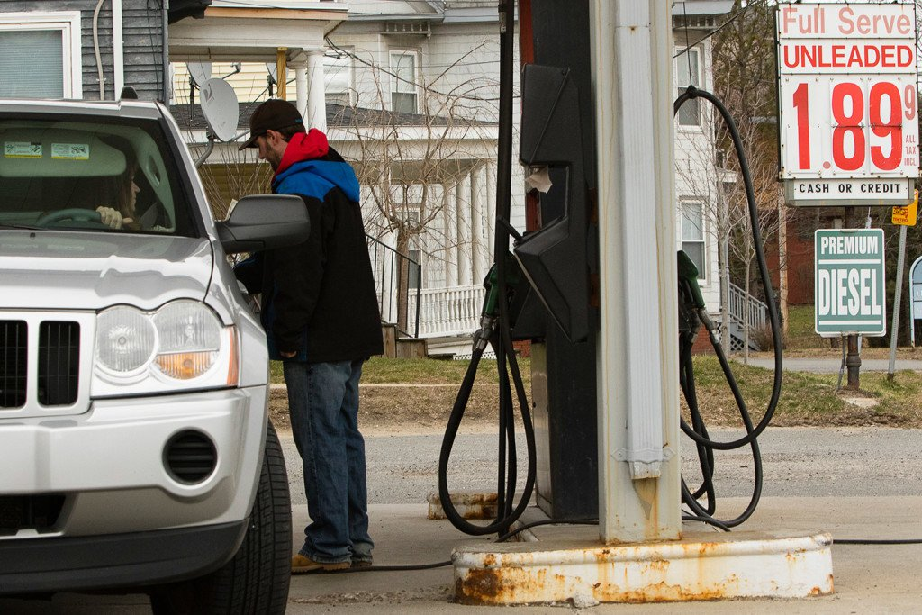 Gas prices expected to rise headed into the spring