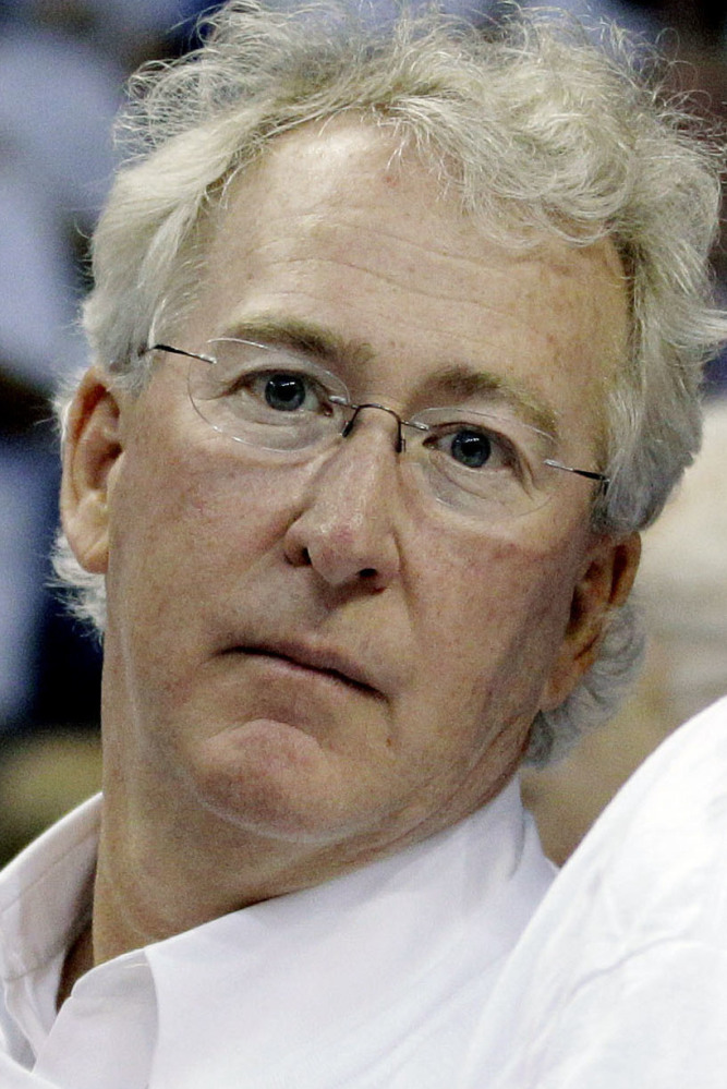 Aubrey McClendon Oklahoma tycoon died  in crash Wednesday