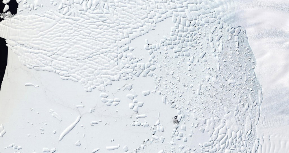 Landsat 8 natural-color mosaic of the ice cliff at the terminus of Thwaites Glacier, West Antarctica on Jan. 9. The data is available from the U.S. Geological Survey.