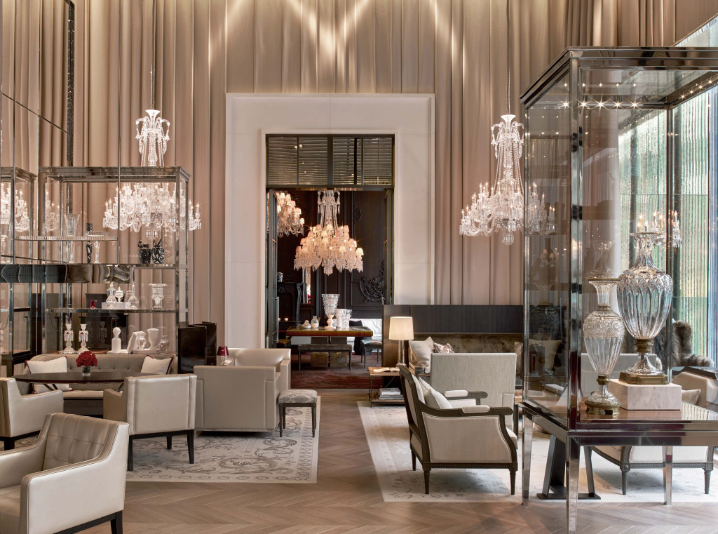 Hotels offer home design tips without reservations the for Salon baccarat