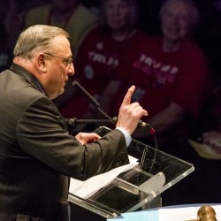 Gov. Paul LePage poked fun at the accents of foreign workers in Maine restaurants during a speech in Bangor on Saturday.