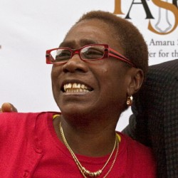 Afeni Shakur guarded the legacy of her son, the late Tupac Shakur, even becoming chief executive of the company that released posthumous recordings.