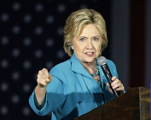 A State Department audit has faulted Hillary Clinton and previous top U.S. diplomats for poorly managing information and slowly responding to new cybersecurity risks.