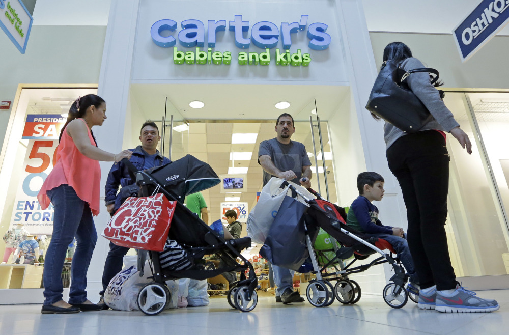 Shoppers in Miami added to the U.S. boost in spending during the month of April. The Commerce Department Tuesday issued its April report on consumer spending, which accounts for roughly 70 percent of U.S. economic activity.