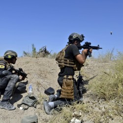 Iraqi counterterrorism forces face off with Islamic State militants on the southern edge of Fallujah, Iraq, on Tuesday, a day after launching an operation to retake the militant-held city with the help of U.S.-led coalition airstrikes.