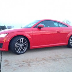 The third-generation 2016 Audi TT is an accessible sports coupe with enough style to overcome mediocre performance.