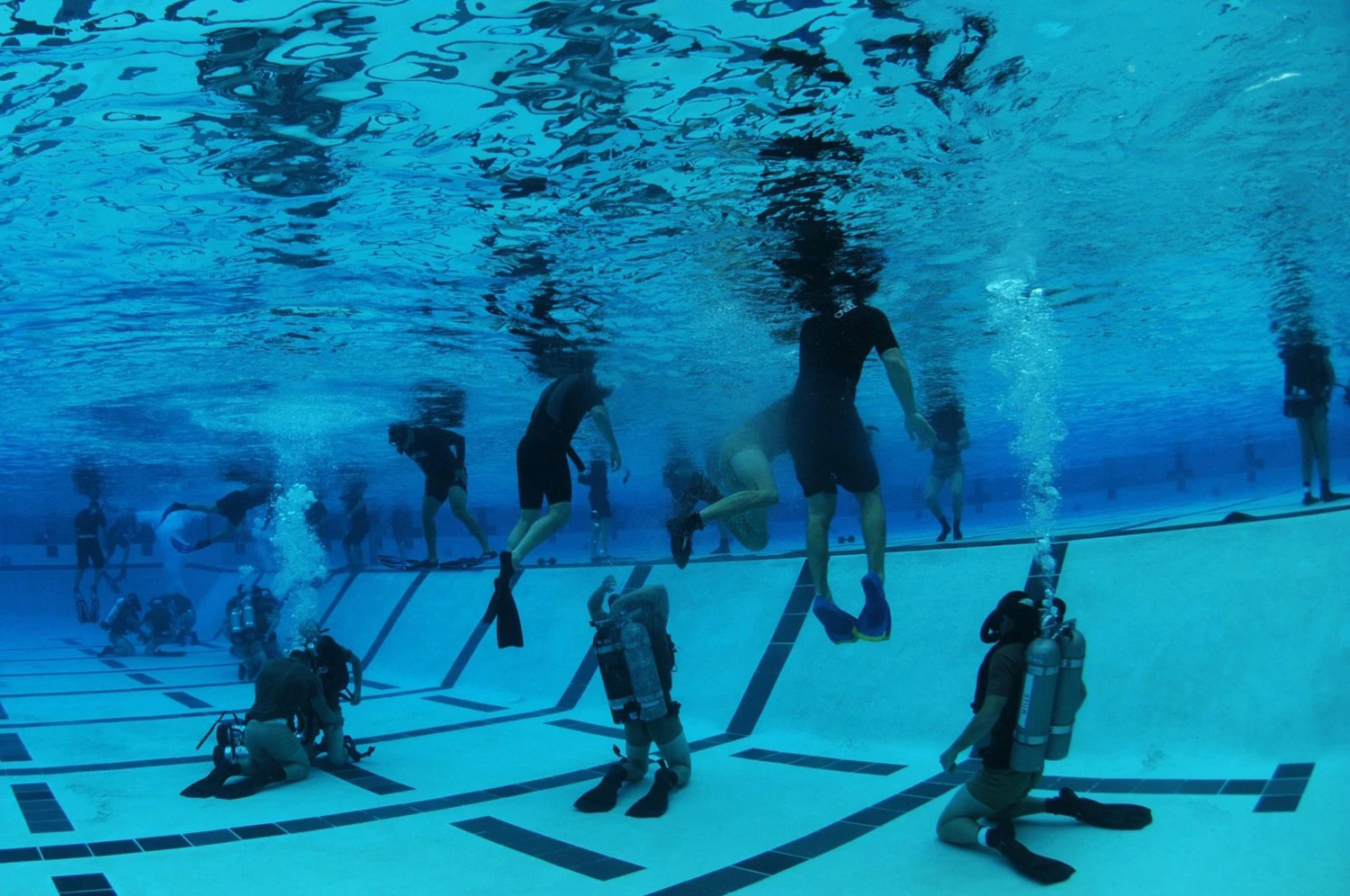 Three deaths linked to recent navy seal training classes the portland press herald maine - Navy seal dive gear ...