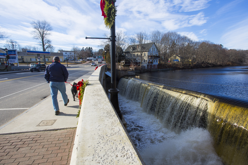 The Kennebunk Light & Power District will surrender its license for the Kesslen Dam in Kennebunk and two others.