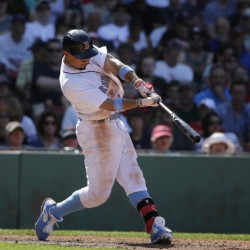 Mookie Betts' solo home run in the seventh inning gave the Red Sox the lead and they held on to beat the Mariners 2-1 on Sunday at Fenway Park in Boston.