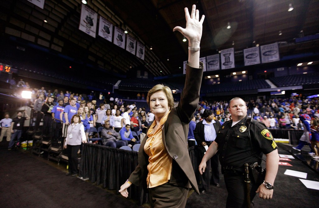 Tennessee head coach Pat Summitt waves as she leaves the court in 2012 after Tennessee defeated DePaul 63-48 in an NCAA tournament second-round women's college basketball game in Rosemont, Ill.
