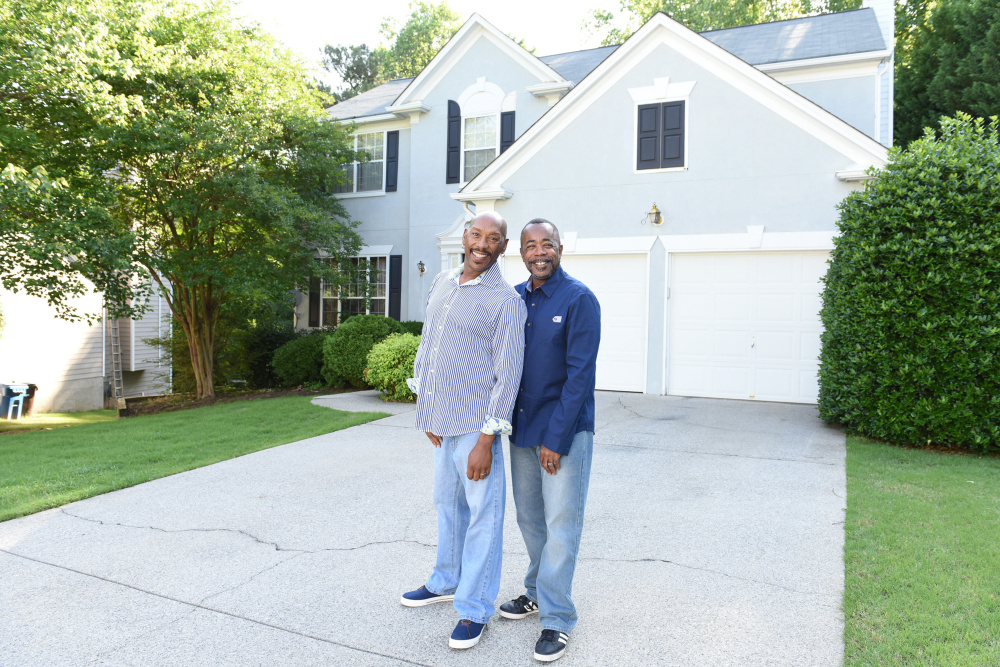 Stewart Nelson-Reid and Malcolm Reid at their home in Alpharetta, Ga. Like many Americans, the couple hasn't saved enough for retirement. (Pew Charitable Trusts/TNS)