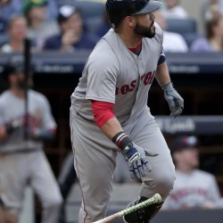 Associated Press/Julie Jacobson Sandy Leon hit a three-run home run in the sixth inning to lift the Boston Red Sox to their sixth straight win, a 5-2 victory in New York.