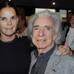 "Though best known for comedies, Arthur Hiller directed the 1970 tearjerker ""Love Story,"" which starred Ali MacGraw and Ryan O'Neal."