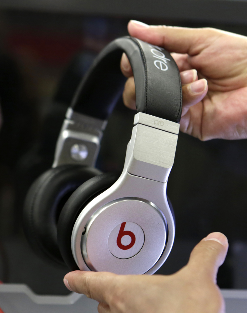 The key claims in a lawsuit against Beats Electronics co-founders Dr. Dre and Jimmy Iovine have been dismissed.