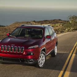 "The 2014 Jeep Cherokee shares FCA's ""compact wide"" architecture with the Chrysler 200 midsize sedan."