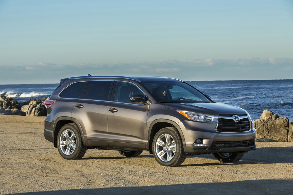 All-wheel drive is available with the Toyota Highlander V6 and Hybrid models. (Toyota)