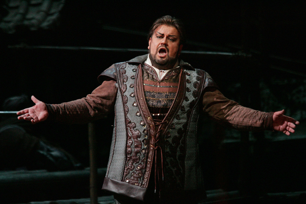 "South African tenor Johan Botha sings the role of Calaf during a dress rehearsal of Giacomo Puccini's opera ""Turandot"" at the Metropolitan Opera in New York in this 2004 file photo."