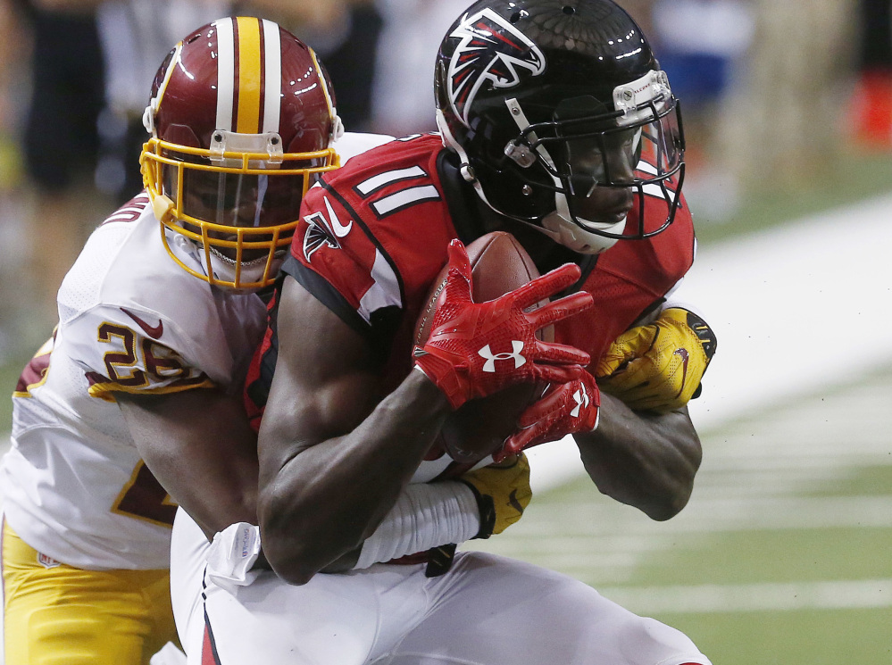 Atlanta Falcons give up early lead to fall in season opener