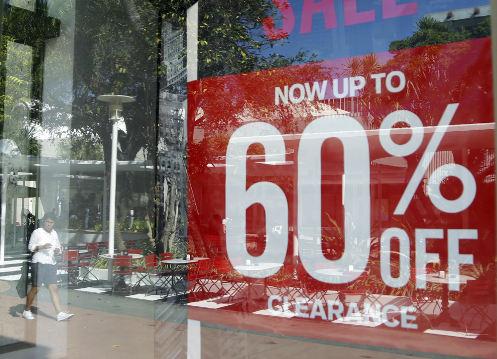 The Commerce Department reported Thursday that the U.S. economy grew by 1.4 percent in the April-June quarter, spurred by strong consumer spending.