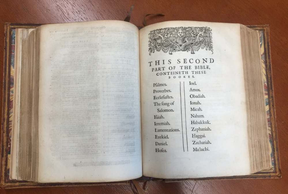 The Geneva Bible features extensive notes to help readers understand content and was widely read in England around 1600.
