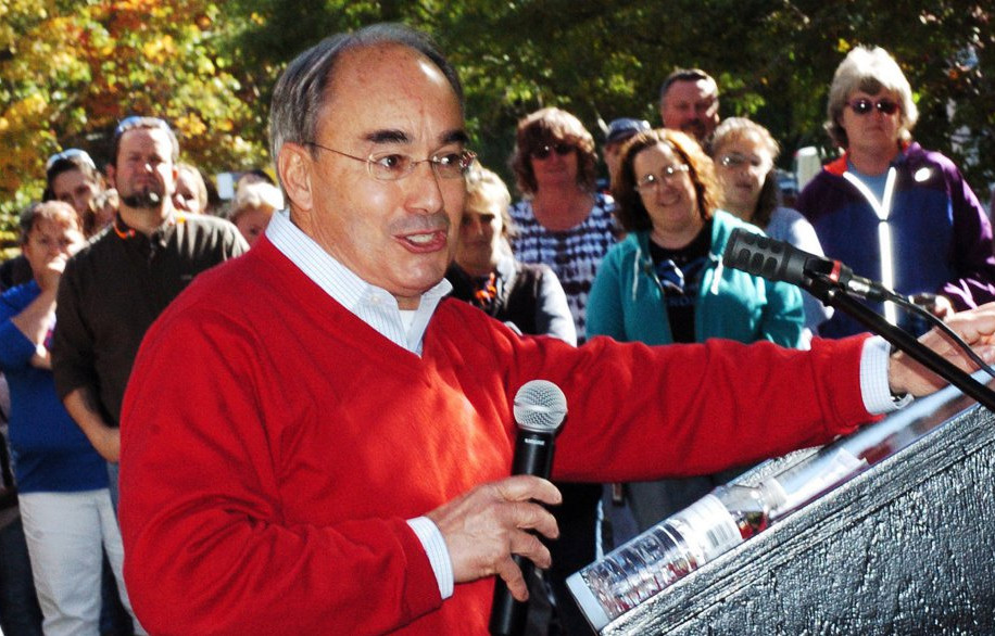 U.S. Rep. Bruce Poliquin speaks to employees of New Balance during a tour of the plant in Skowhegan on Tuesday. David Leaming/Staff Photographer
