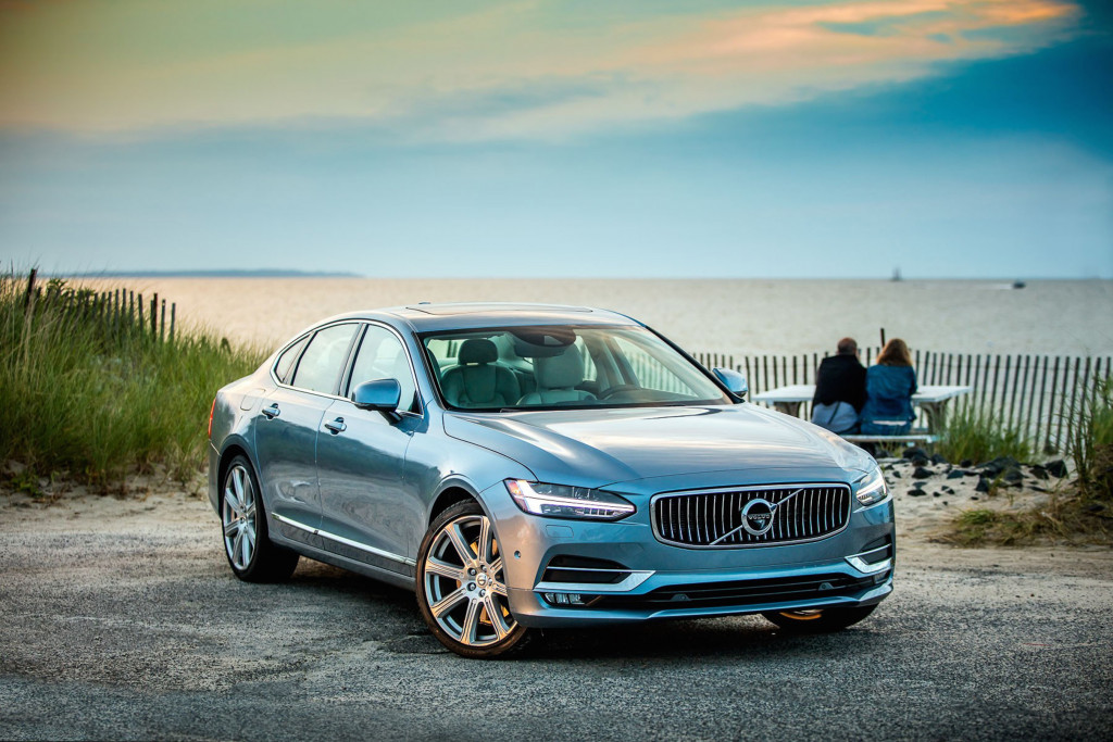 Volvo's new flagship sedan, the 2017 Volvo S90, comes equipped with IntelliSafe, the automaker's nom de plume for the various aid of sensors, radars and cameras deployed in the S90's adaptive cruise control, lane keeping assist, lane departure warning, driver alert control, and run-off road mitigation, Park Assist Pilot, blind spot information and rear collision.