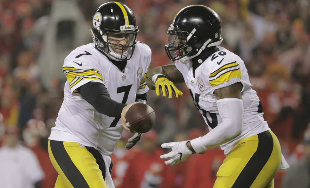 Steelers quarterback Ben Roethlisberger, left, and running back Le'Veon Bell are part of a Pittsburgh offense that can be very difficult to deal with.
