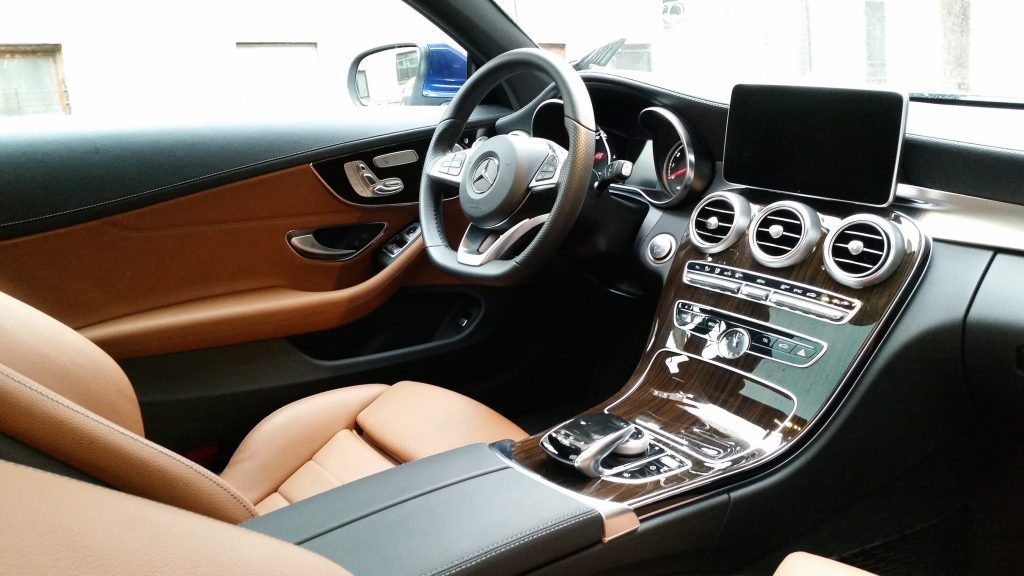 The major selling point of the C300 4Matic comes in the form of its high-quality, luxurious interior and abundance of in-car technologies.