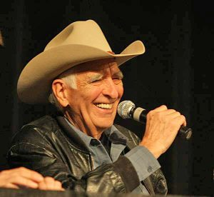 Tommy Allsup performing in 2009.