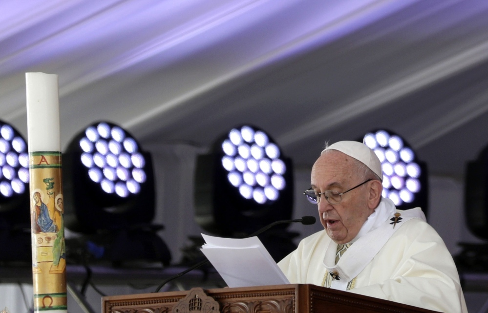 Pope Francis ignored security concerns to celebrate Mass on Saturday for Egypt's tiny Catholic community, who have increasingly become targets for Islamic militants.