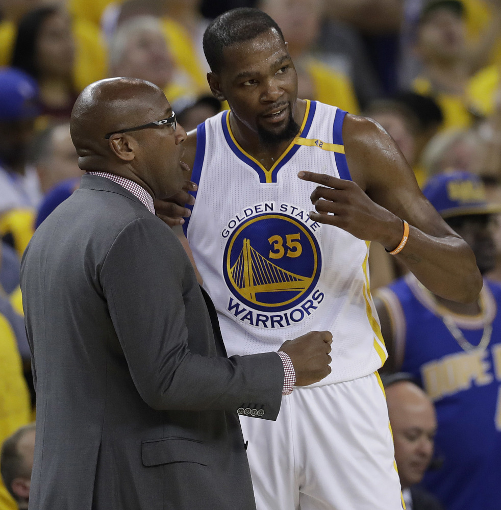 Mike Brown led the Warriors to an 11-0 playoff record while filling in for Steve Kerr. Brown returned to his assistant role and now returns to Cleveland, where he was the head coach.