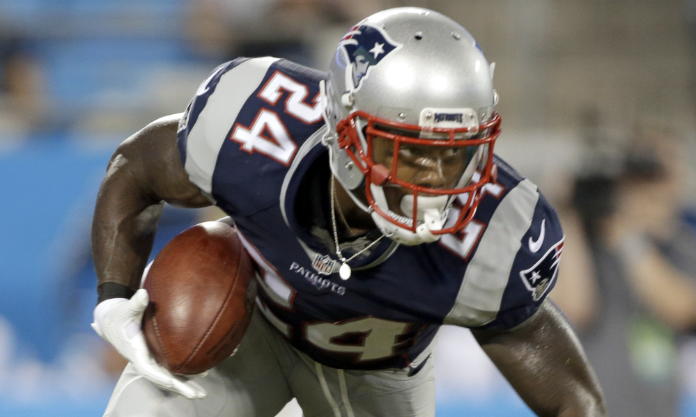 It was just one practice early in training camp, but Cyrus Jones may be turning things around. Jones fumbled five kicks last season and ended up inactive for a number of games, including the playoffs. But perhaps his hands have softened. In practice Friday, he cleanly fielded every kick that came his way.