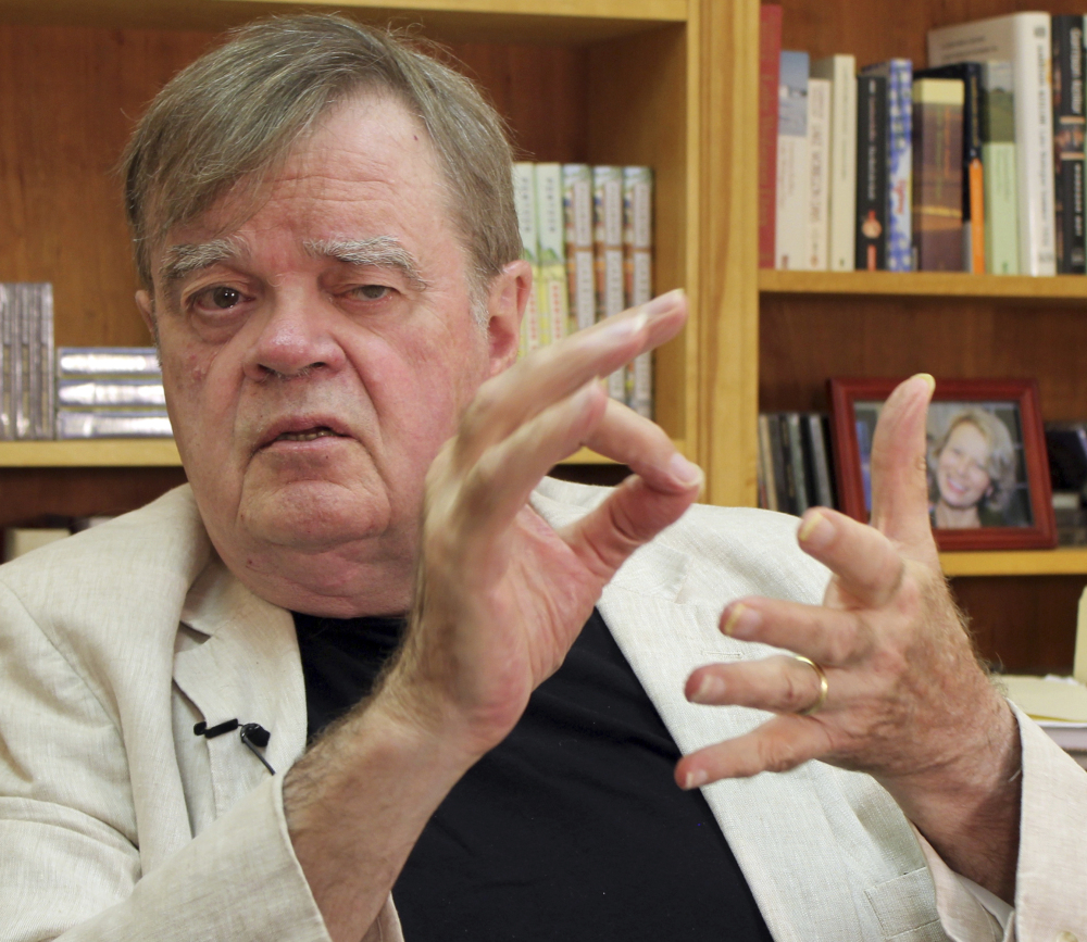 "Garrison Keillor, former host of radio's ""A Prairie Home Companion,"" says he does not listen to the new show."