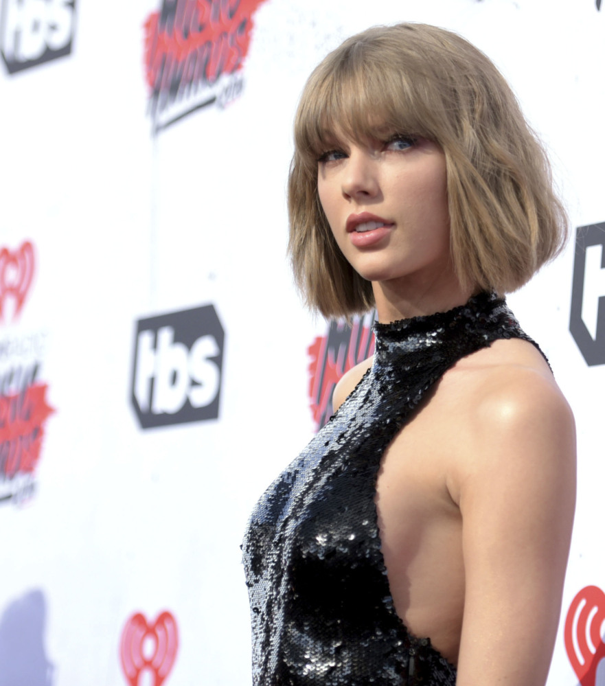 The trial of a lawsuit between Taylor Swift and ex-radio host David Mueller began Monday in Denver.