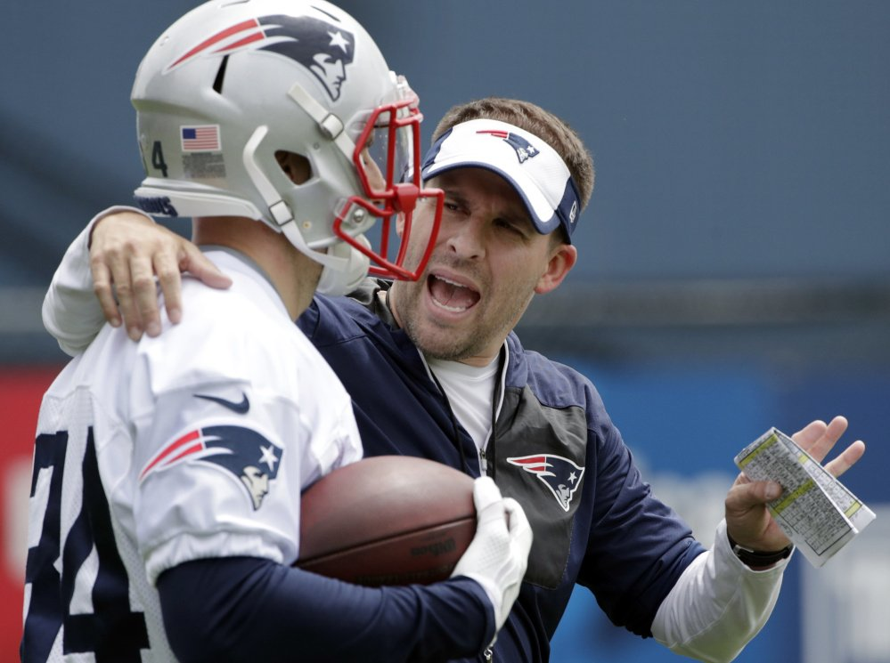 Patriots offensive coordinator Josh McDaniels has a new weapon to work with in running back Rex Burkhead, who signed with New England in the off-season and could take over as the lead running back.