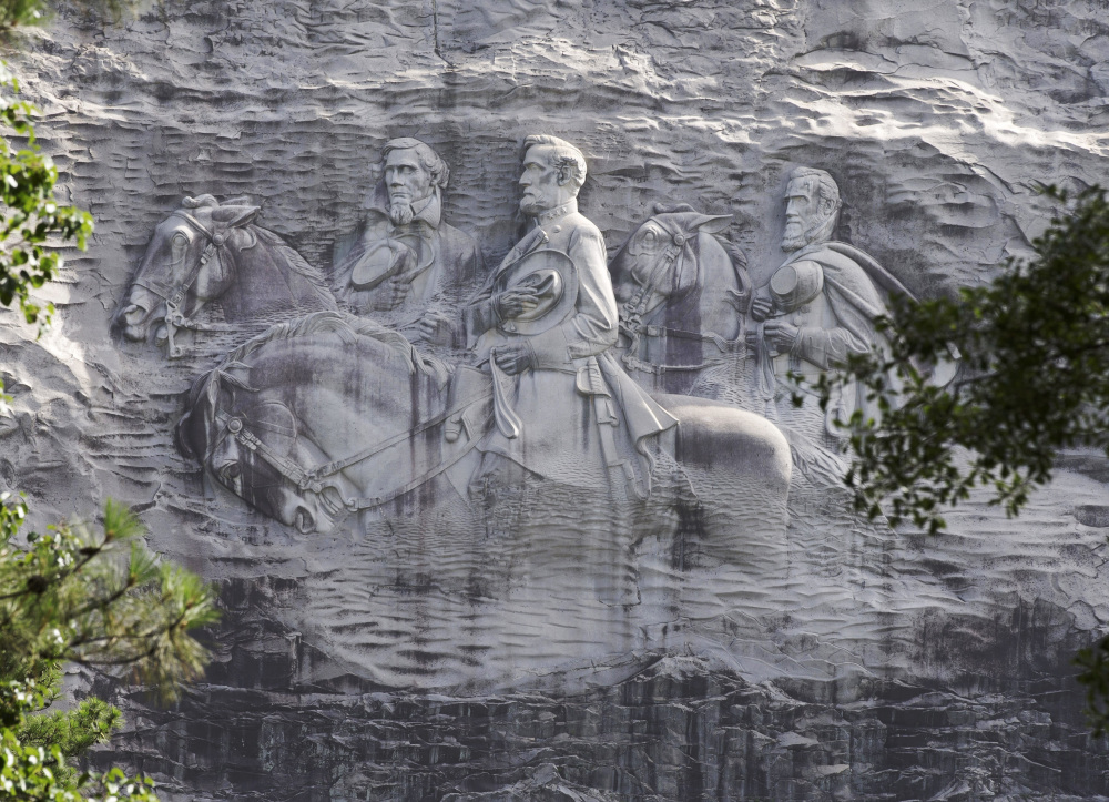Likenesses of Stonewall Jackson, Robert E. Lee and Jefferson Davis can't be removed under existing Georgia law.