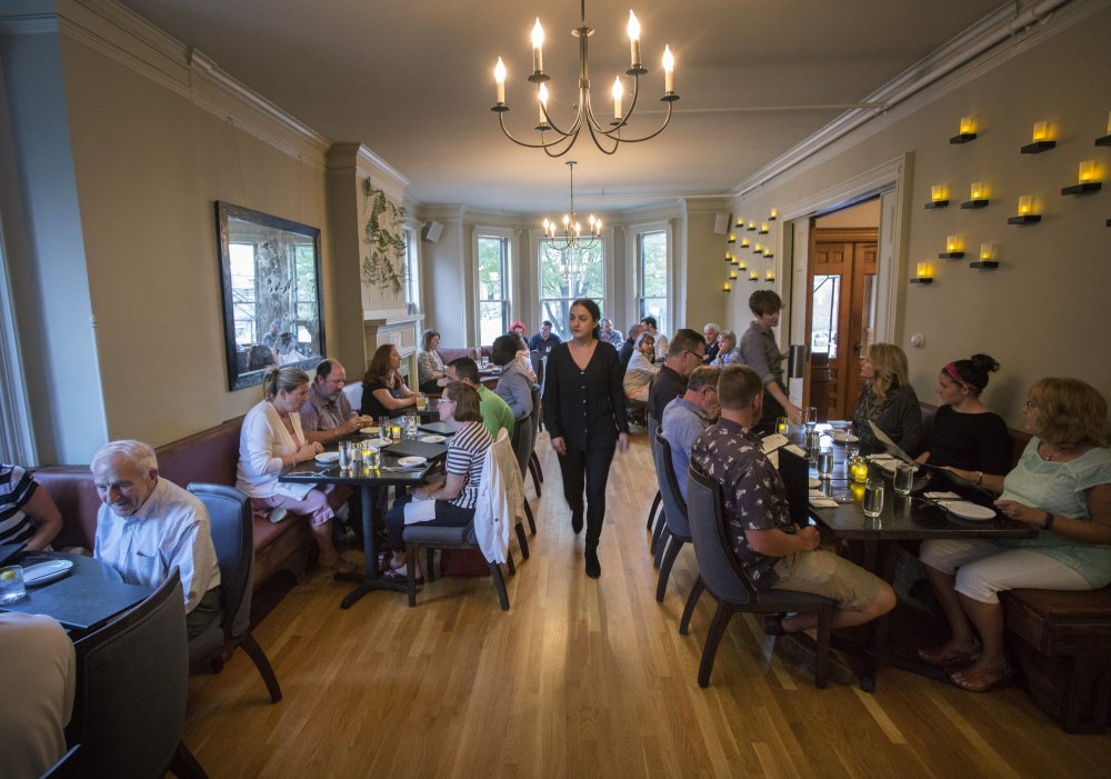 The new Roma Cafe that opened several weeks ago embraces the legacy of the old Italian-American restaurant established in 1924 near Monument Square.