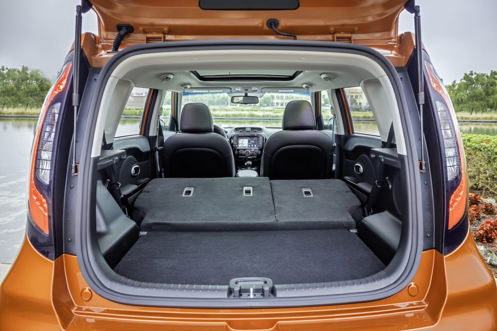 The 2017 Kia Soul Turbo's cargo volume is 61 cubic feet, with the seats folded flat – enough to carry a bicycle, your golf bag and your golf partner.