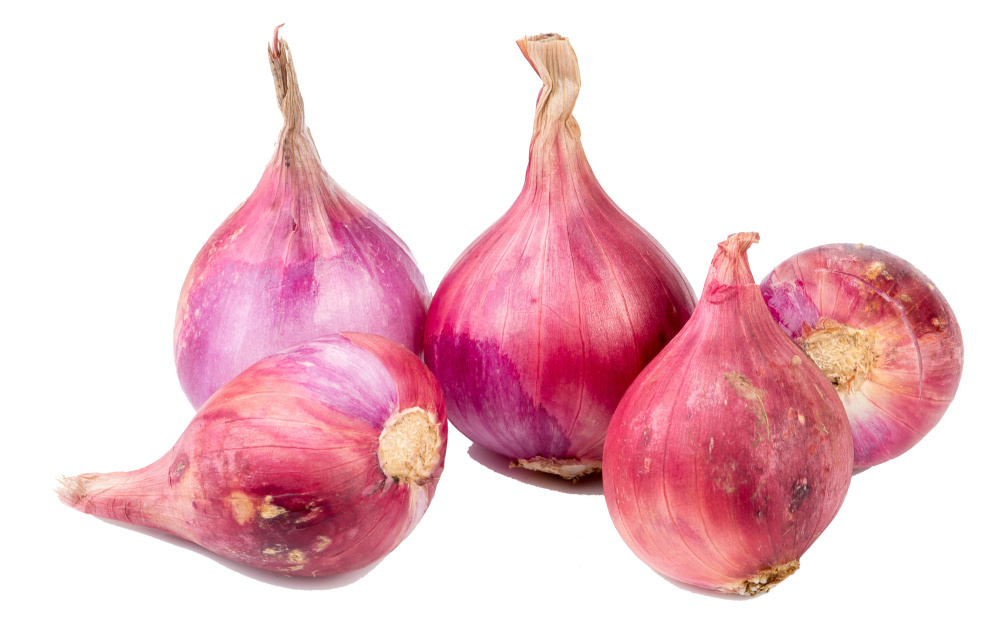 Shallots are ideally planted at first frost. Photo by Poomchai/Shutterstock.com