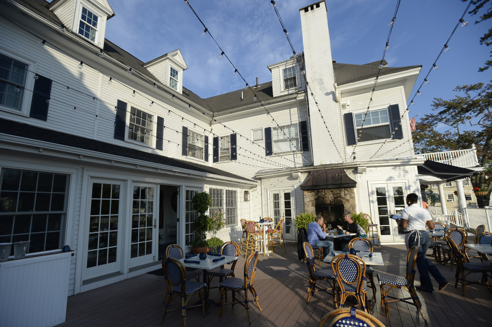 Outdoor seating at The Burleigh, which is housed in the Kennebunkport Inn.