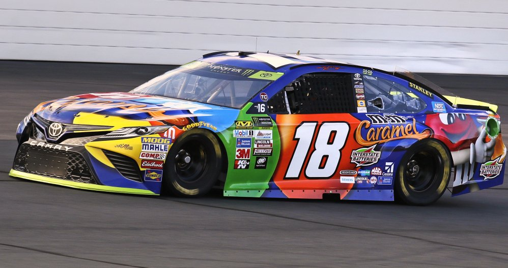 Kyle Busch won the pole for the second straight week, turning a lap of 135.049 mph at New Hampshire Motor Speedway in Loudon, N.H. on Friday. Busch finished 15th in the first race of the playoffs at Chicagoland.