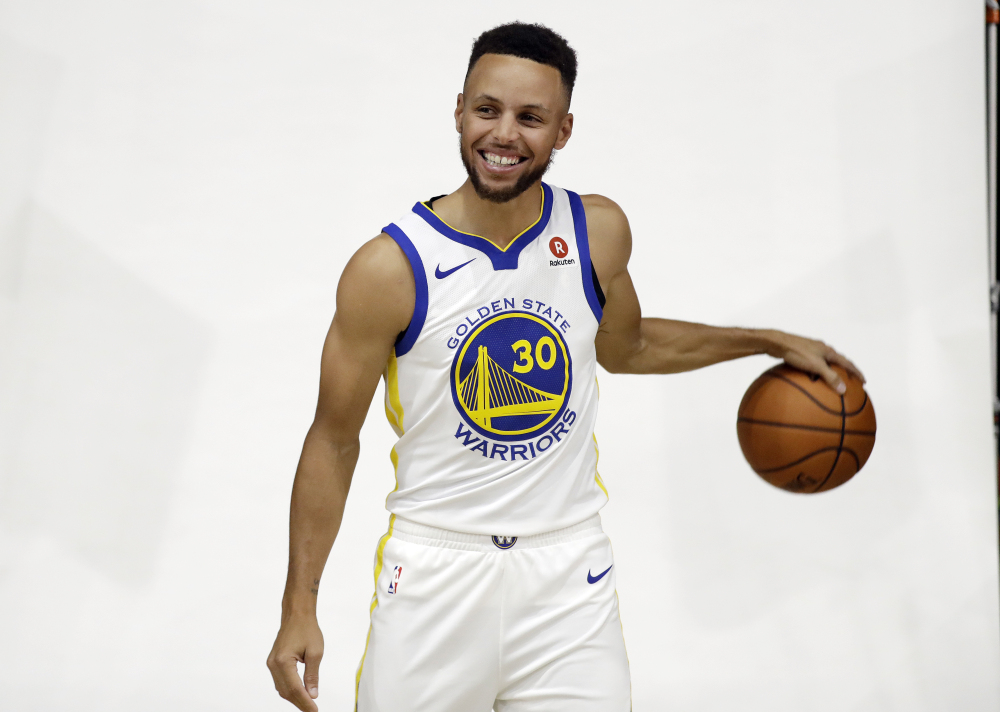 Golden State's Steph Curry has said he does not want to visit the White House.