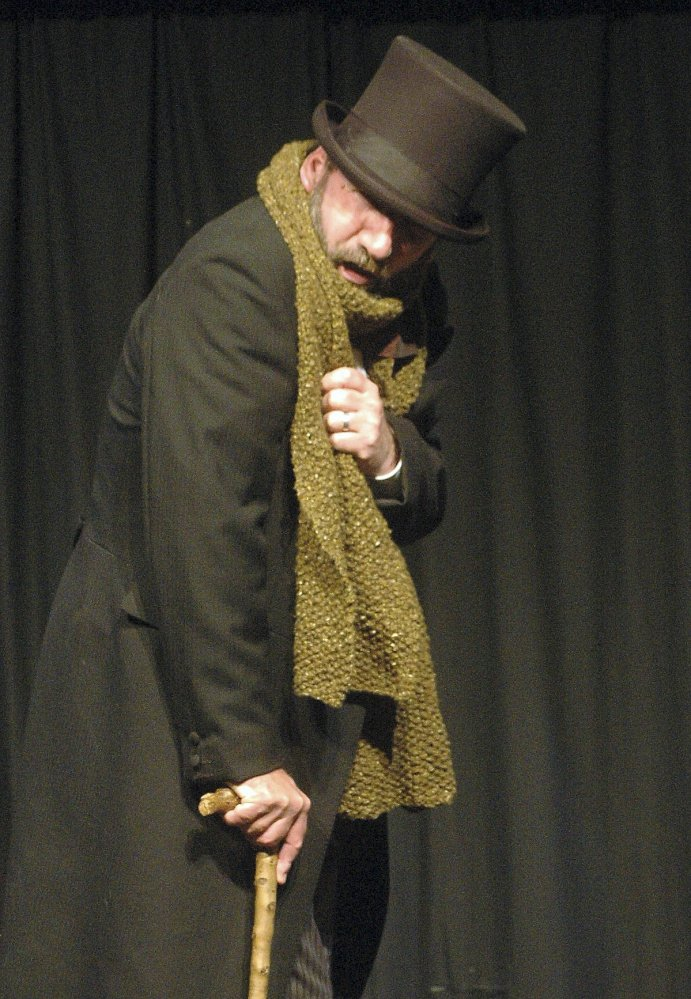Gerald Dickens, a great-great grandson of Charles Dickens, will be in Portland on Monday to perform his ancestor's best known work,