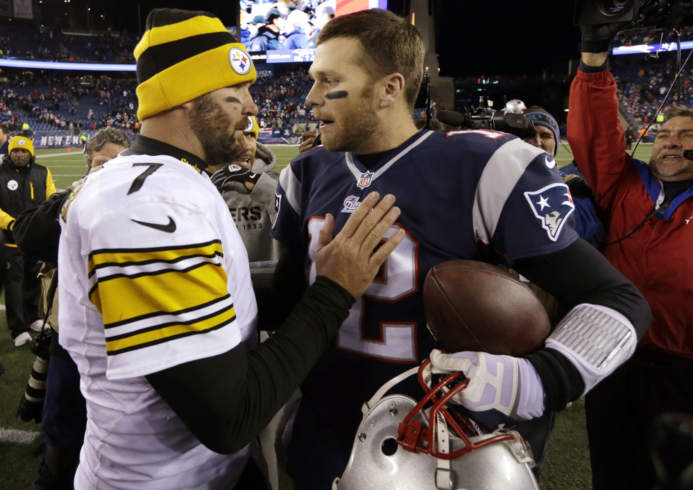 Pittsburgh quarterback Ben Roethlisberger, left, and New England quarterback Tom Brady lead their teams into Sunday's game in Pittsburgh, which is expected to be a key determining factor in who gets the top seed for the upcoming playoffs.