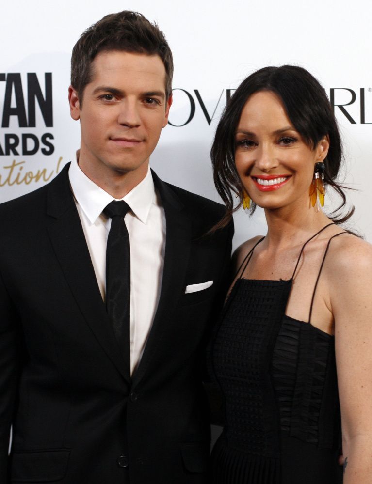 Jason Kennedy and Catt Sadler are co-hosts of E! News'