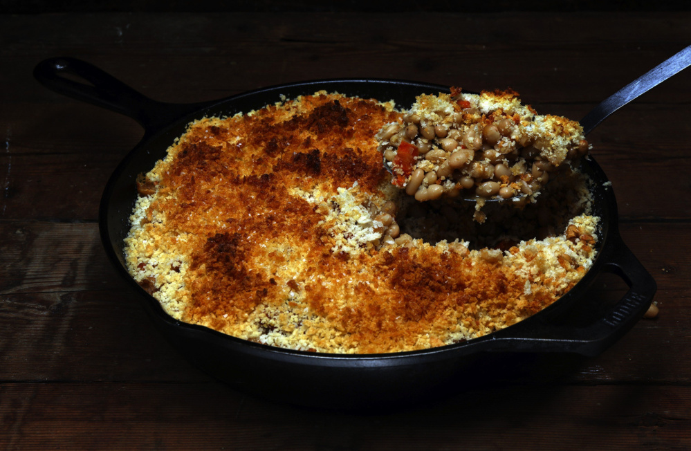 This recipe for bean gratin makes 8 to 10 servings.